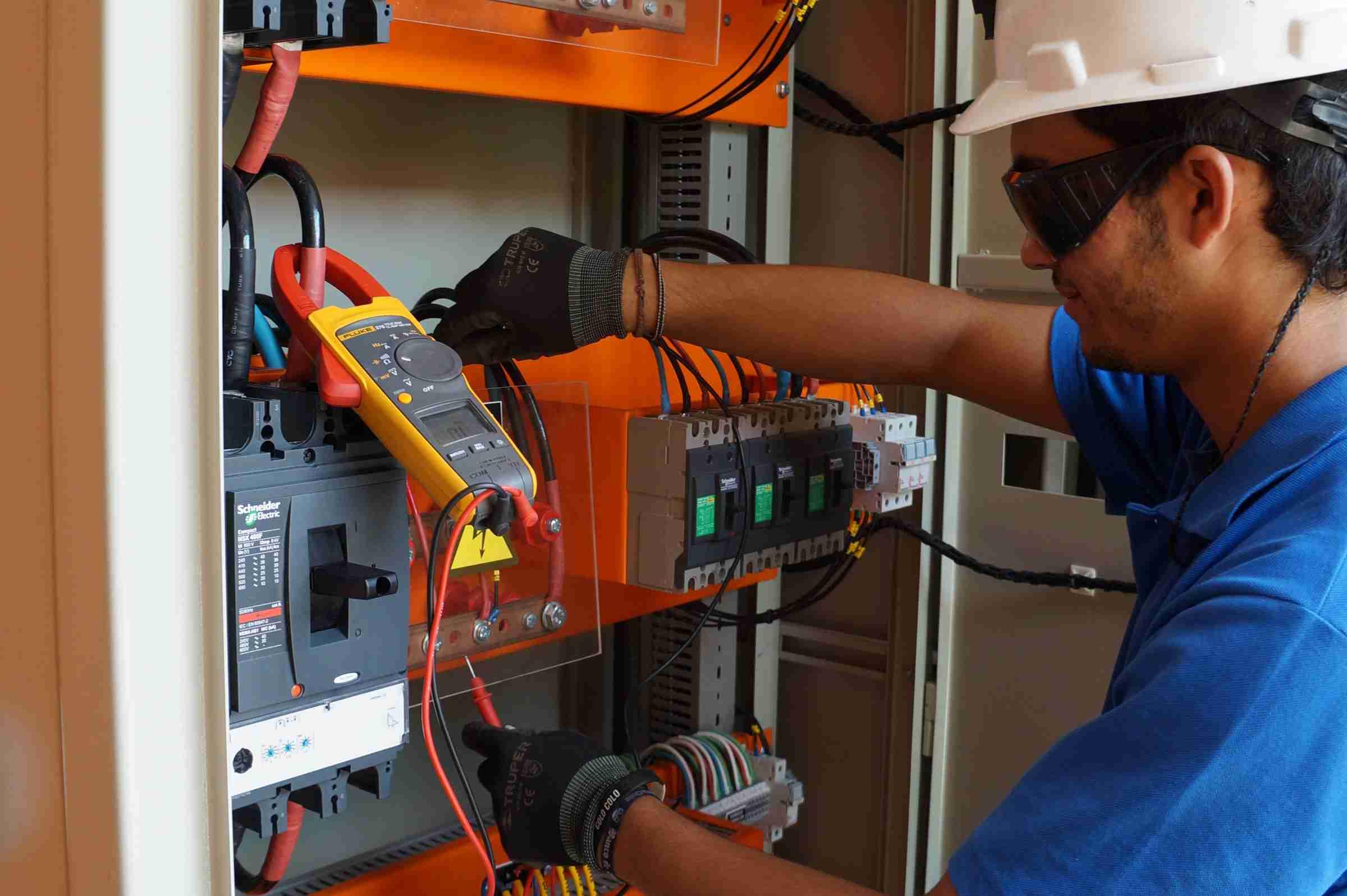Tablero De Distribución Eléctrica